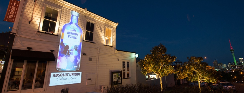 Absolut Unique - Tin Soldier Projection